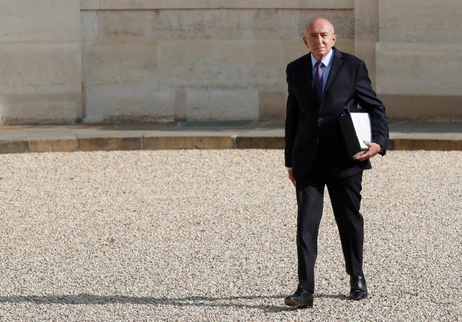 Le ministre de l'intérieur, Gérard Collomb, avant le premier conseil des ministres de la rentrée, à l'Elysée, le 28 août.