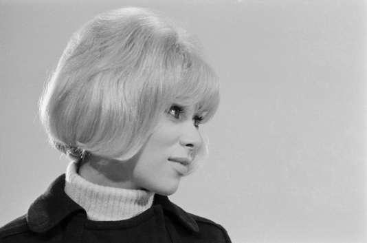 Mireille Darc en 1968.