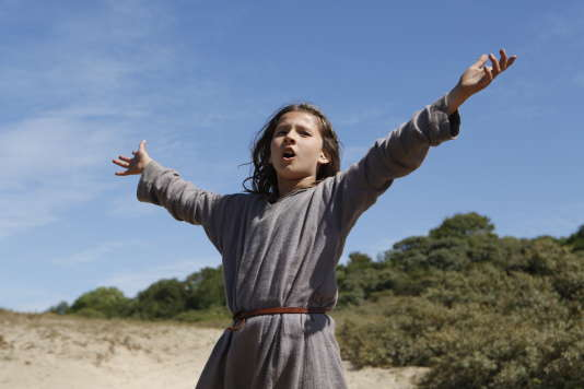 Lise Leplat Prudhomme dans«Jeannette, l'enfance de Jeanne d'Arc», de Bruno Dumont.