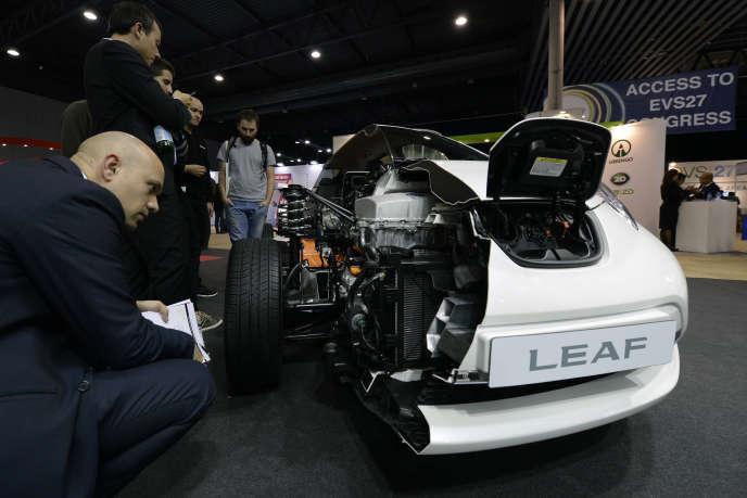 L'Alliance Renault-Nissan est le leader mondial de la voiture électrique, célèbre en particulier pour l'automobile à batterie Nissan Leaf.