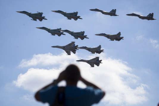 Dans le ciel de Moscou, le 12 août.