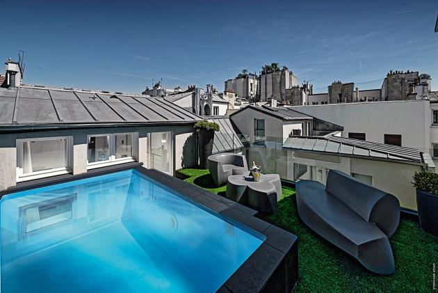 La suite avec piscine du 1K Paris, dans le 3earrondissement, est facturée 500 euros la journée.
