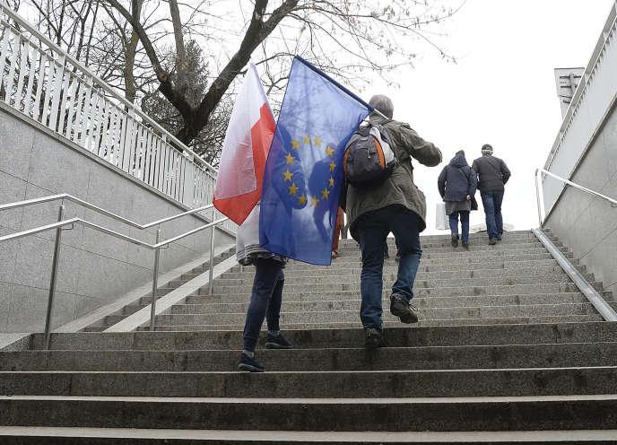 Manifestation de soutien à l'Union européenne à Varsovie (Pologne), le 25 mars.