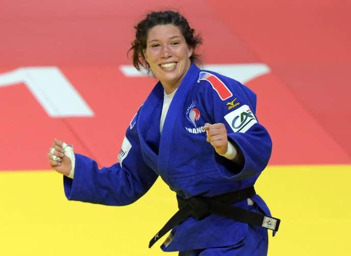 La Française Hélène Receveaux a obtenu une médaille de bronze dans la catégorie des moins de 57 kg aux championnats du monde de judo, le 30 août 2017.