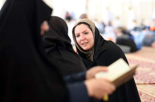 Des pèlerins iraniens arrivent à l'aéroport de Djeddah (Arabie saoudite), le 26 août.