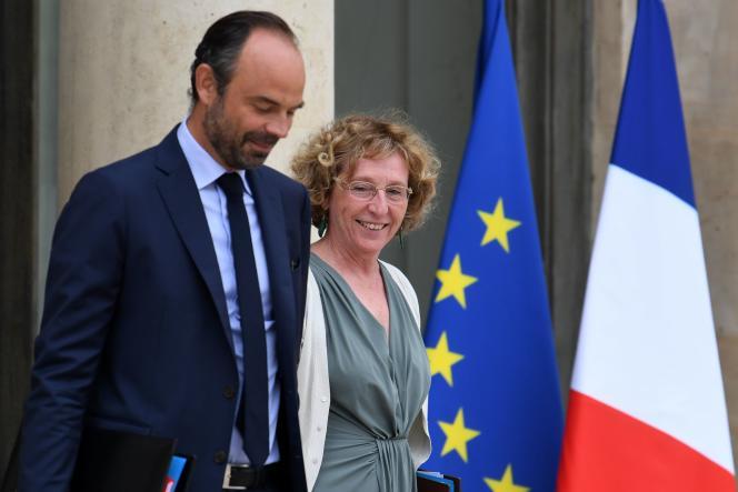Le premier ministre Edouard Philippe et la ministre du travail Muriel Pénicaud, sur le perron de l'Elysée, le 30 août.