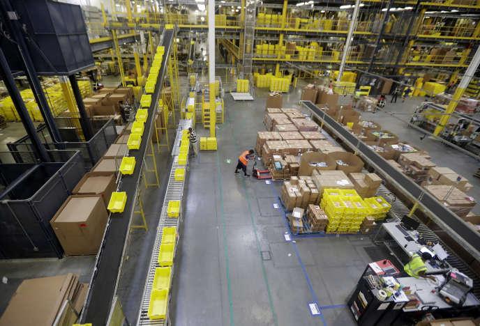 Dans un centre de livraison d'Amazon, à Robbinsville (New Jersey), le 1er août.