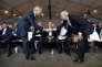 «Les petites entreprises (y compris les micro-entreprises, ex-autoentreprises) représentent près de la moitié des emplois en France, selon les chiffres de l'Insee». (Photo : le ministre de l'économie Bruno Le Maire serre la main d'alexandre Sabot (président de l'Union des industries et métiers de la métallurgie (UIMM), à droite), lors de l'université d'été du Medef, à Jouy-en-Josas, près de Paris, le 30 août).