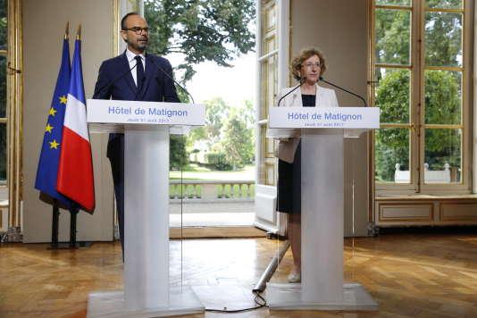 Lors de la conférence de presse, à Matignon, le 31 août.