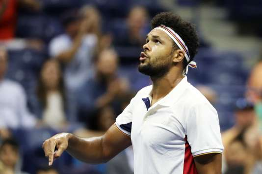 Jo-Wilfried Tsonga lors de son match face à Denis Shapovalov à l'US Open, le 30 août 2017.