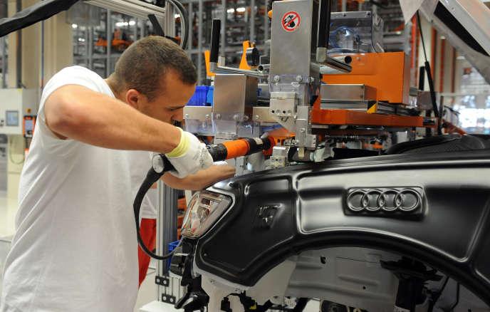 Dans l'usine Audi (Volkswagen) de Györ, dans le nord-ouest de la Hongrie.