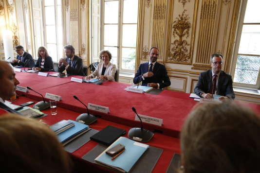 Loi travail : la rupture conventionnelle collective proposée par le gouvernement fait débat