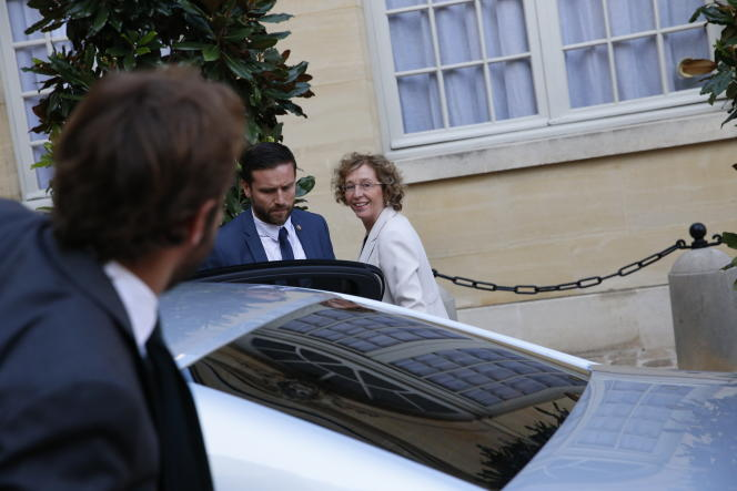Arrivée de Muriel Penicaud à Matignon, le 31 août, avant la rencontre avec les syndicats, à l'occasion de la présentation des ordonnances de la loi travail.
