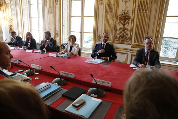Muriel Pénicaud et Edouard Philippe à Matignon, le 31 août, pendant la rencontre avec les syndicats, à l'occasion de la présentation des ordonnances de la loi travail.