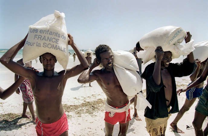Opération humanitaire pour lutter contre la famine en Somalie en 1992.