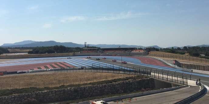 Au Castellet, la double droite du Beausset accueillera une tribune éphémère d'une capacité de 8 000 places pour le Grand Prix de France 2018 (ici le 22 juillet).