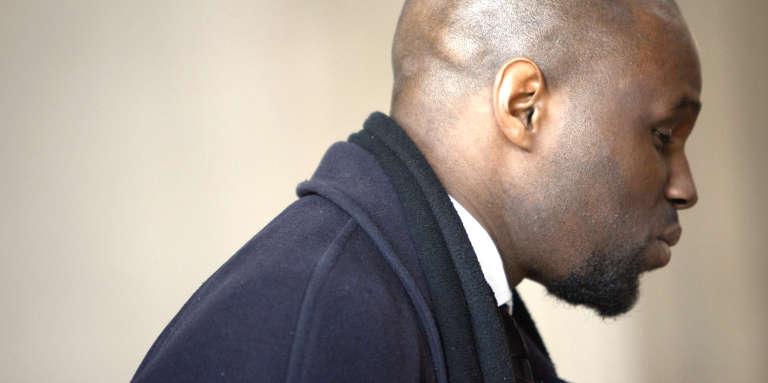 Le 19 août, Kemi Seba, 35 ans, avait brûlé en public un billet de 5 000 francs CFA au nom de l'anti-impérialisme.