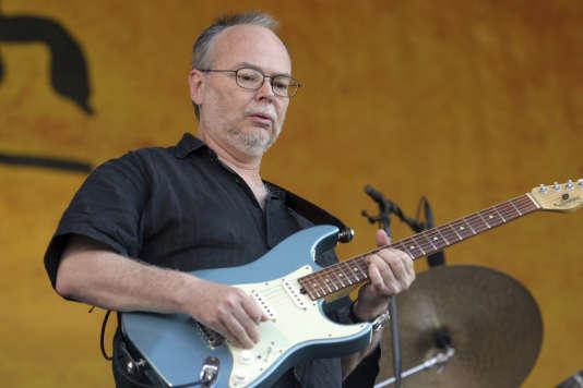 Walter Becker, le bassiste et guitariste cofondateur du groupe américain Steely Dan, aux inspirations de jazz, de rock et de reggae, le 6 mai 2007.