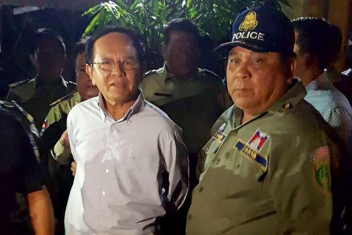 L'arrestation deKem Sokha, le leader de l'opposition cambodgienne, à Phnom Penhle 3 septembre 2017.