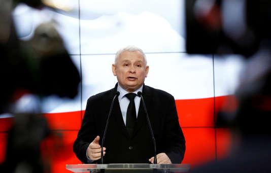 Jaroslaw Kaczynski, chef de file du parti Droit et justice (PiS), en mars à Varsovie.