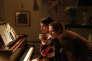 Dans « Barbara», Jeanne Balibar et Mathieu Amalric font revivre la chanteuse en évitant l'écueil du biopic.