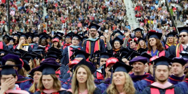 Cérémonie de remise des diplômes à Liberty University à Lynchburg, en Virginie, le 13 mai 2017. REUTERS/Yuri Gripas