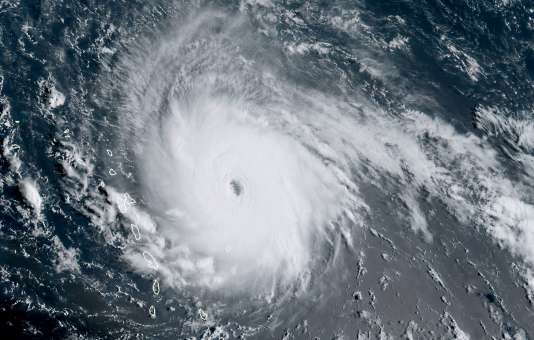 Image de la NOAA montrant l'avancée d'Irma dans les Carraïbes, le 5 septembre.