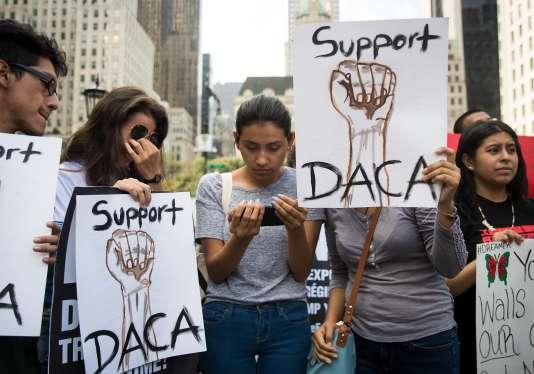 Avant une manifestation à New York, mardi 5 septembre.