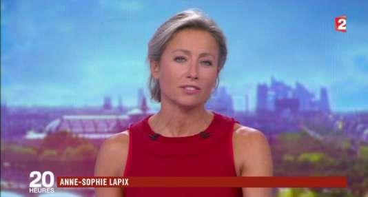 Anne-Sophie Lapix présente son premier 20 heures sur France 2, le 4 septembre