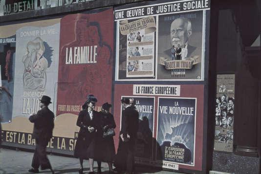 Boulevard des Italiens, à Paris, sous l'Occupation.