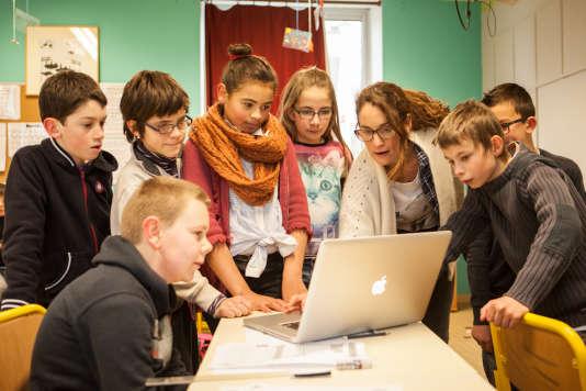 Atelier enfant - La fabrique des rêves, résidenceréalisée à l'école primaire de Croisty, (Bretagne).
