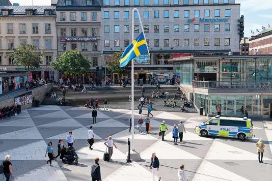 L'œuvre de Mattias Noström intitulée «Du gamla, du fria» (Toi l'ancienne, toi la libre), reprend le titre de l'hymne national suédois.