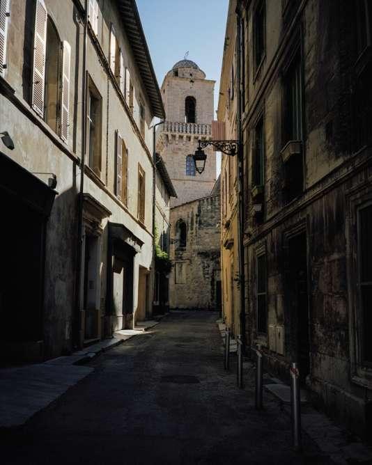 Une rue d'Arles. Les habitants redoutent une«gentrification» galopante de la capitale de la Camargue.