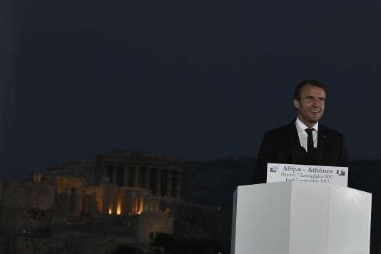 Emmanuel Macron lors de son discours sur la colline de la Pnyx, jeudi 7 septembre, à Athènes.
