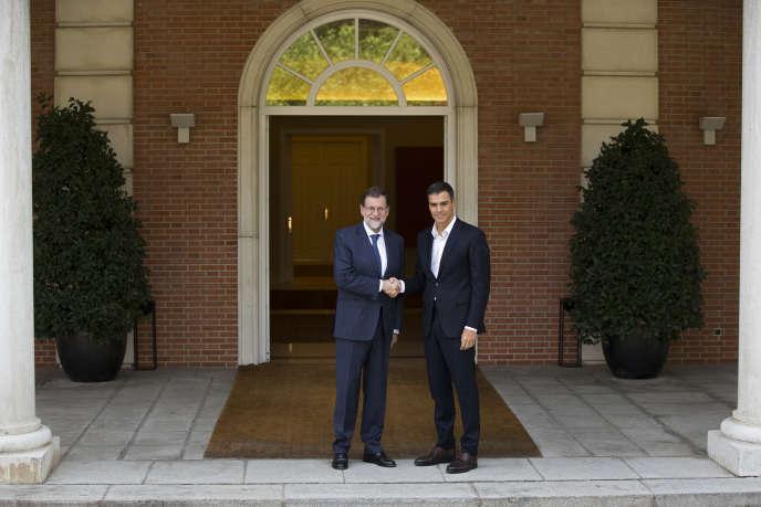 Mariano Rajoy est d'accord avecson adversaire, le socialiste Pedro Sanchez : le peuple espagnol tout entier doit décider de l'avenir de la Catalogne.