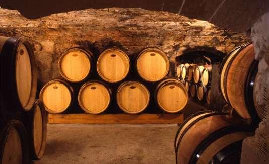 Les caves du XV, XVI et XVIIe siècle du domaine Vacheron, à Sancerre. La structure familiale est certifiée en biodynamie.
