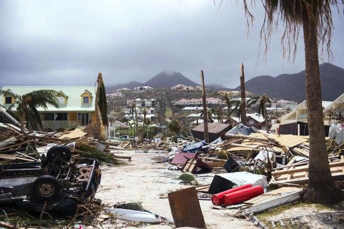 L'île Saint-Martin le 7 septembre 2017 après le passage de l'ouragan Irma.