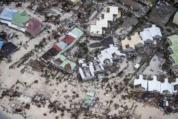 A partir d'images aériennes et satellites, des internautes contribuent à cartographier les zones dévastées par Irma, comme Saint-Martin.
