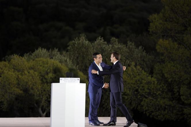 Le premier ministre grec Alexis Tsipras et Emmanuel Macron, lors de la visite du président français à Athènes, le 7 septembre 2017.