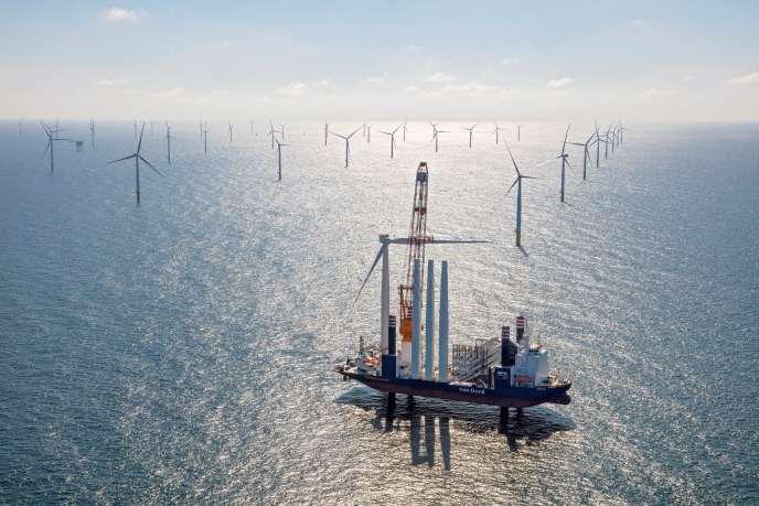 Le site d'éoliennes de Gemini, dans la mer du Nord, au large des côtes néerlandaises, en mai 2017.
