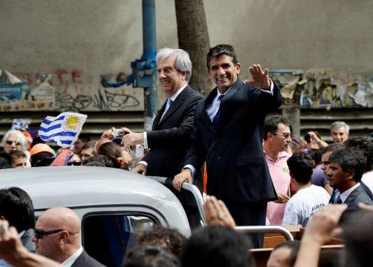 Raul Sendic (à droite) et le président Tabaré Vazquez, le 1er mars 2015 à Montevideo.