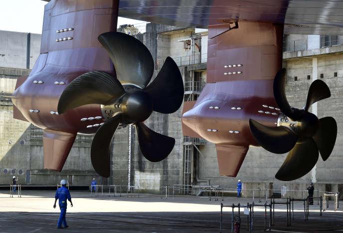 Construction de l'«Harmony of the seas» sur les chantiers navals STX, à Saint-Nazaire, en juin2015.
