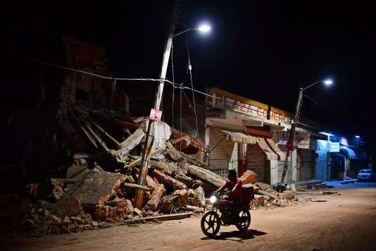 Au moins 37 personnes sont mortes à Juchitan après le séisme de magnitude 8,2 survenu jeudi.