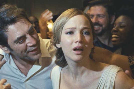 Javier Bardem et Jennifer Lawrence dans«Mother!», de Darren Aronofsky.
