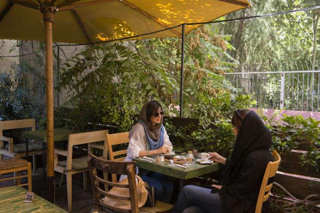 Le Café Nazdik apporte une touche d'Occident à Téhéran.