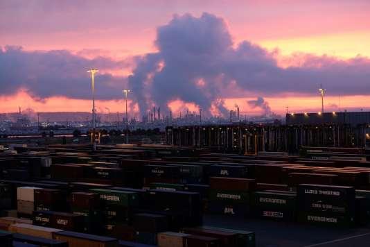 Au Havre, tous les porte-conteneurs partent du Terminal de France.