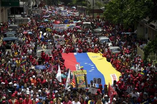 Les manifestations sont récurrentes au Venezuela. Lundi 11 septembre, ce sont des pro-gouvernements qui sont descendus dans la rue pour dénoncer les sanctions infligées par les Etats-Unis.