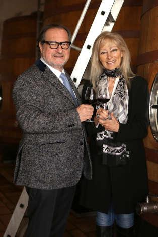Dany Rolland, l'ex-épouse de Michel Rolland,continue de travailler à ses côtés.