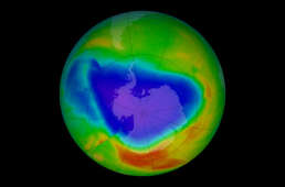 Le trou dans la couche d'ozone, au printemps austral (ici mesuré en octobre 2012).