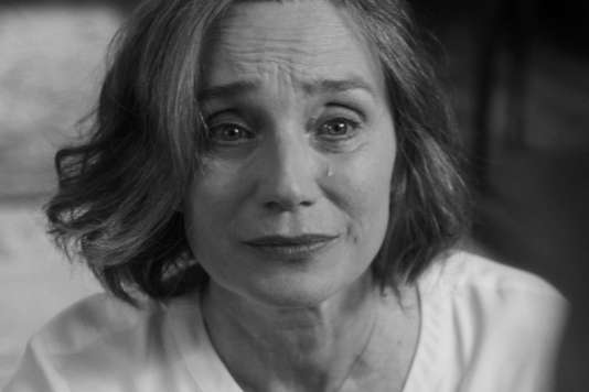 Kristin Scott Thomas dans le film britannique de Sally Potter, « The Party ».